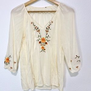 Umgee embroidered peasant blouse